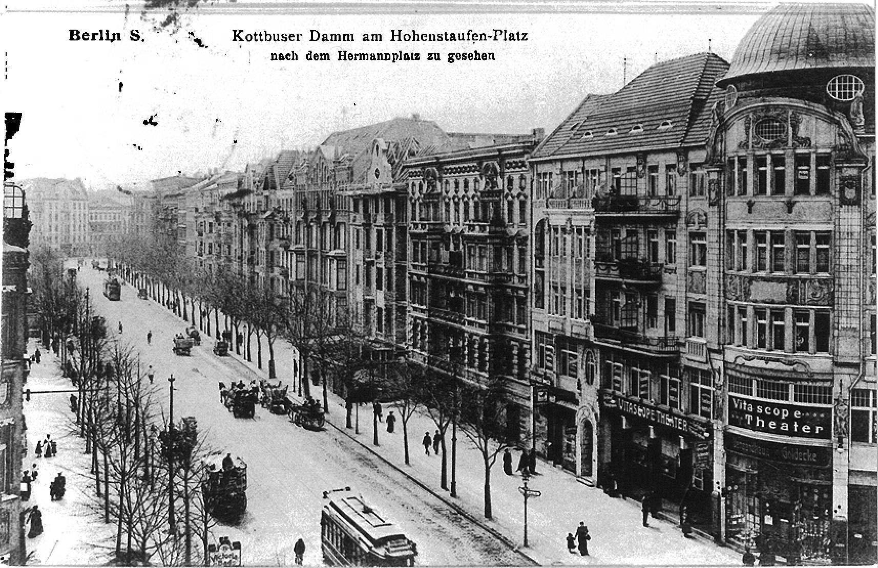 Lange Tradition: Seit 1907 werden im Eckhaus am Kottbusser Damm Kinofilme gezeigt, heute unter dem Namen Moviemento.