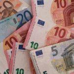 Finanzielle Anreize – insbesondere die steuerliche Abschreibung – sind für die Deutschen der größte Motivator für den Beginn einer energetische Sanierung.