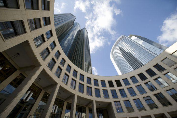 Frankfurt Tower 185