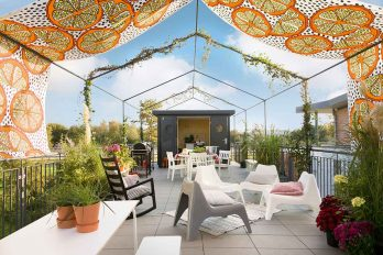 Die Terasse des Minihauses Green Living Space