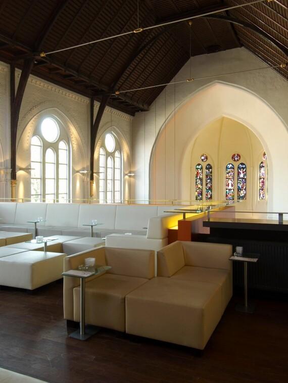 Clublounge auf der Orgelempore