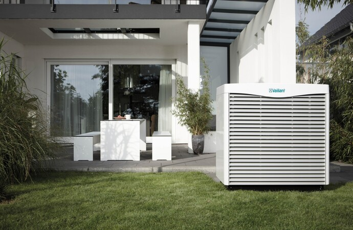 https://www.vaillant.de/media-master/global-media/vaillant/product-pictures/scene/hp11-3424-00-39754-format-flex-height@690@desktop.jpg