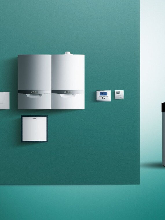 Sole/Wasser-Wärmepumpe geoTHERM im Hybridsystem mit ecoTEC plus
