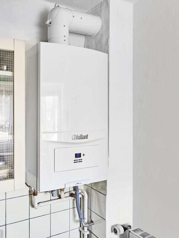 Passgenau: Die im Rahmen der Sanierung installierten Gas-Brennwertgeräte von Vaillant sind so konzipiert, dass sämtliche Anschlüsse der Altgeräte fast unverändert übernommen werden können.