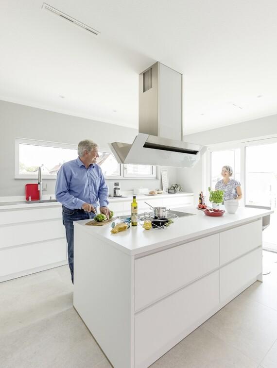 Wohnen als ganzheitlicher Ansatz: Christine und Norbert Weimper haben sich diesen Traum mit ihrem neuen Schwörer-Haus erfüllt.