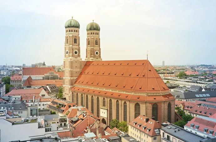 https://www.vaillant.de/vaillant-de/2-service/stand/muenchen/frauenkirche-4289068-1920-1523496-format-flex-height@690@desktop.jpg